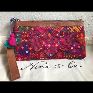 Nena and co perfect clutch